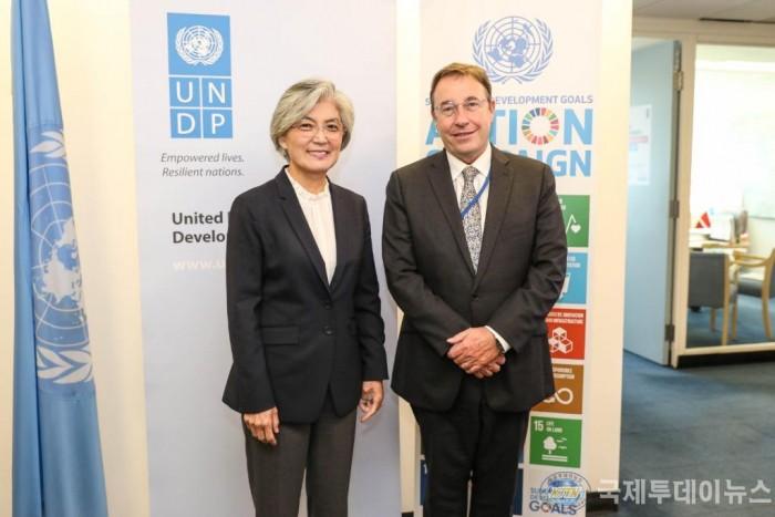 (첨부)UNDP 사무총장면담.jpg